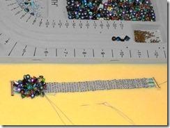 peacock-bracelet-progress