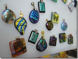 dichro-pendants