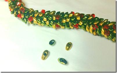 kumihimo-christmas-bracelet