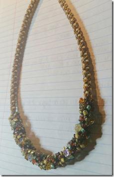 kumi-flowers-necklace