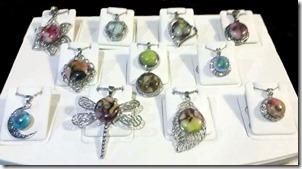 necklaces-display